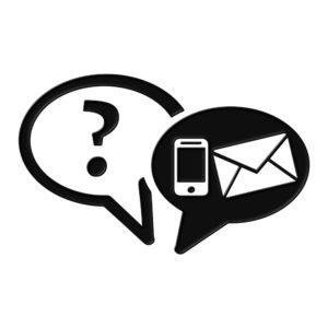 Kuvituskuva, jossa on kaksi puhekuplaa: toisessa on kysymysmerkki ja toisessa puhelimen ja kirjekuoren kuva.